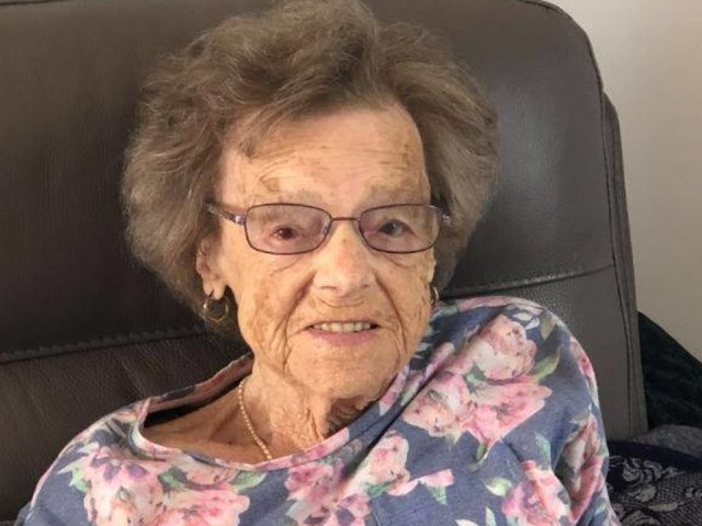 93-year-old woman dies of broken heart syndrome after being robbed of late husband's prized possession