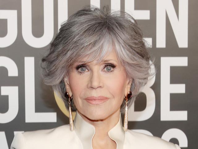 Jane Fonda accepts Golden Globes' lifetime achievement award, praises 'community of storyteller'