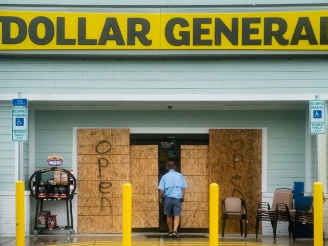 Shoppers flooded dollar stores to stockpile cheap goods during the pandemic — here's why that's been a major boon to Dollar General