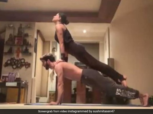 Sushmita Sen Sums Up Working Out With Boyfriend Rohman Shawl As 'Bliss'