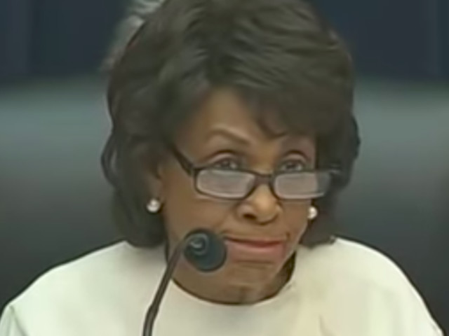 WATCH: Maxine Waters embarrasses herself trying to grill bank CEOs about student loans