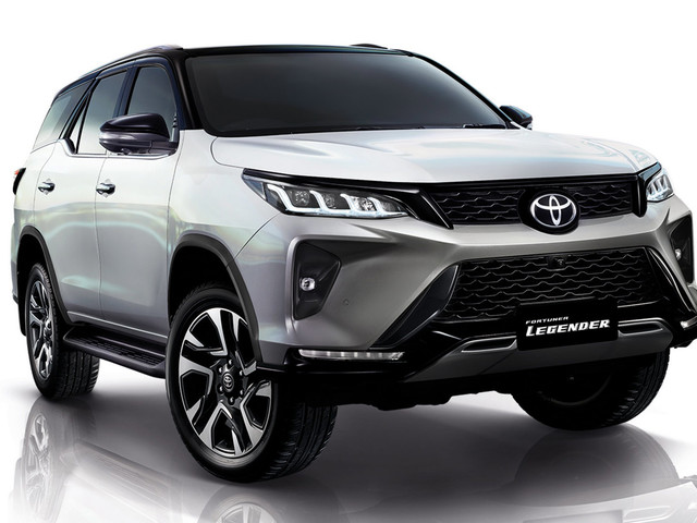 2021 Toyota Fortuner: Hilux's 7-Seater SUV Sibling Gets A Facelift Too