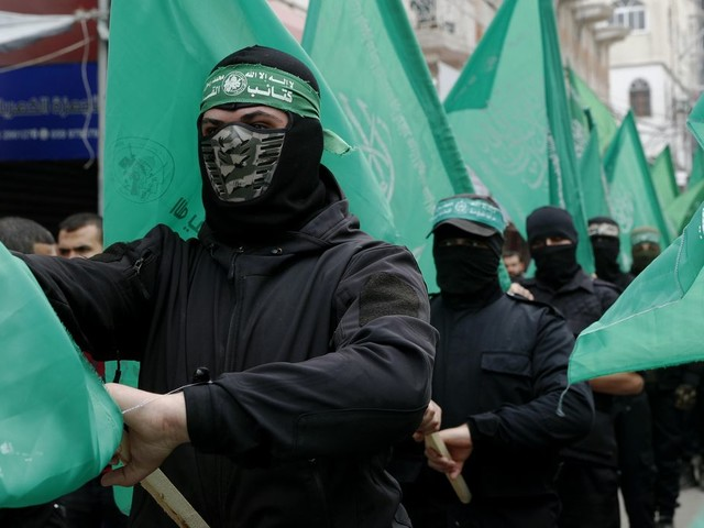 Hamas hackers tried to 'seduce' Israeli soldiers, military says