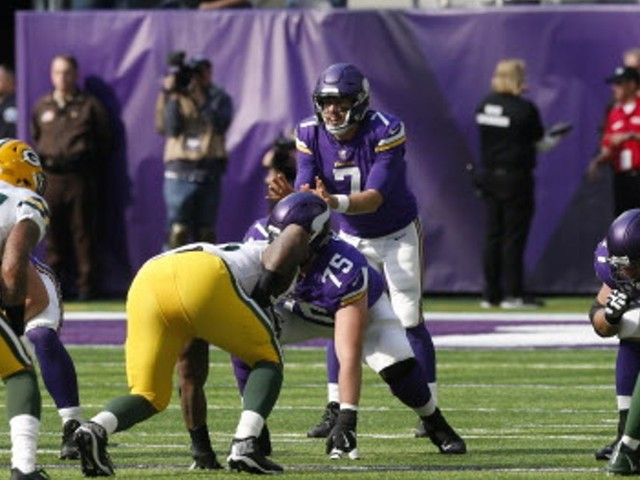 Hurry-up attack helps Vikings inject some tempo into their offense