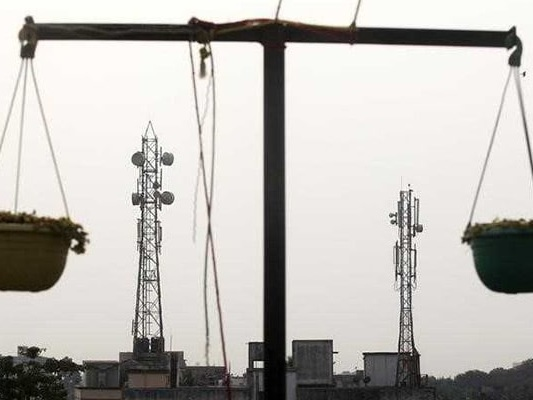 Lower Base Prices Being Mulled For Spectrum Auction: Report