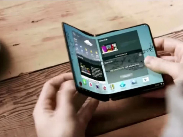 Samsung might be rushing out its first foldable Galaxy phone for all the wrong reasons