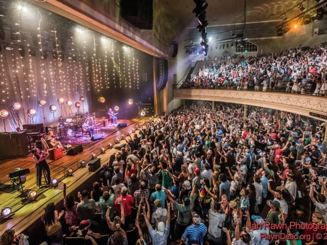 Widespread Panic Begins Acoustic Ryman Run With Bust Outs