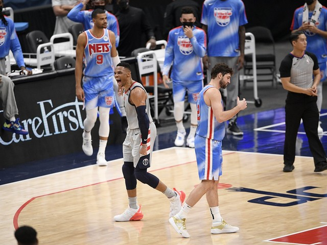 Bradley Beal, Russell Westbrook hit late 3s as Wizards stun Nets