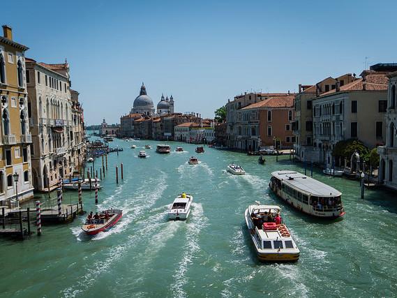 Delta – $521: Phoenix – Venice, Italy. Roundtrip, including all Taxes