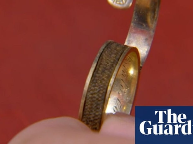 Charlotte Brontë's hair found in ring on Antiques Roadshow, say experts