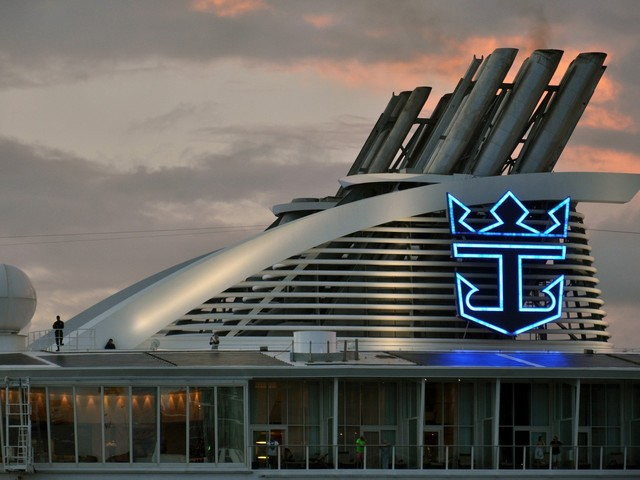 Royal Caribbean gives business update on 2021 bookings, restarting & impact of shutdown