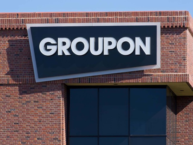 Should Investors Buy Groupon Stock After Yelp Takeover Rumor?