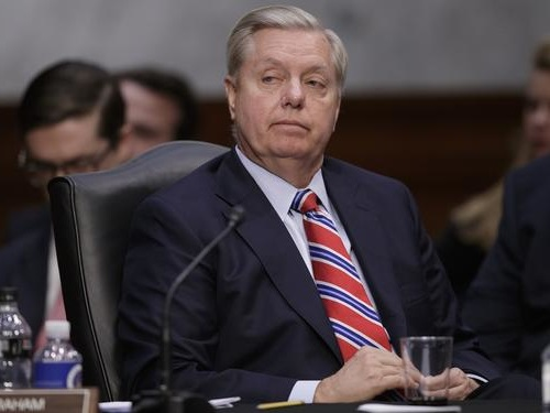 "Graham Calls On Trump ""To Use Emergency Powers"" To Build Wall"