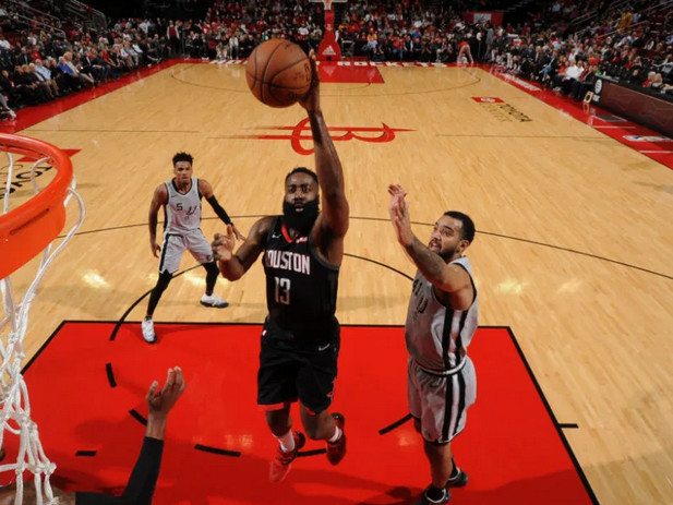 James Harden: An offensive player never seen before in the NBA