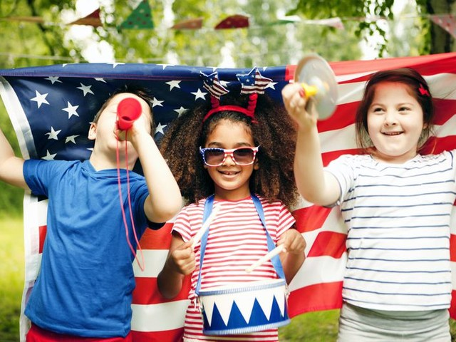 15 Safe, Fireworks-Free Ways to Celebrate the Fourth of July