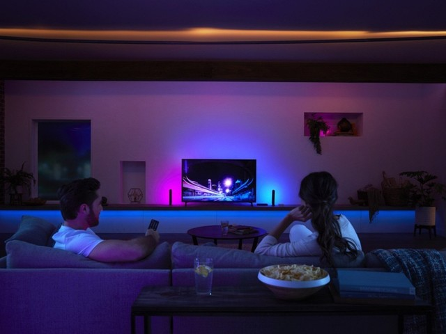 Review: The Philips Hue Play Sync Box Matches Your Hue Lights to What's Playing on Your Apple TV