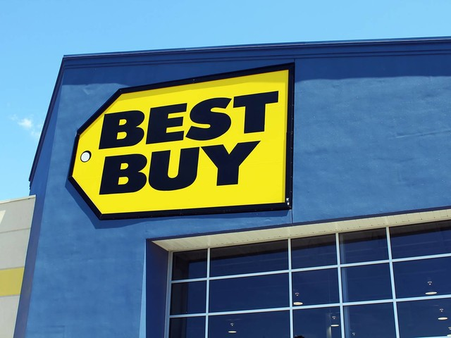 Best Buy has great deals today on Apple and more – here are the 10 best ones