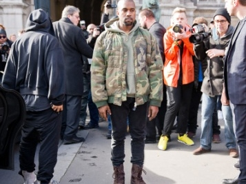 Kanye West Joins Chicago Protest After Reportedly Donating $2M To The Families Of George Floyd, Ahmaud Arbery & Breonna Taylor + He Supposedly Got Rid Of His MAGA Hats