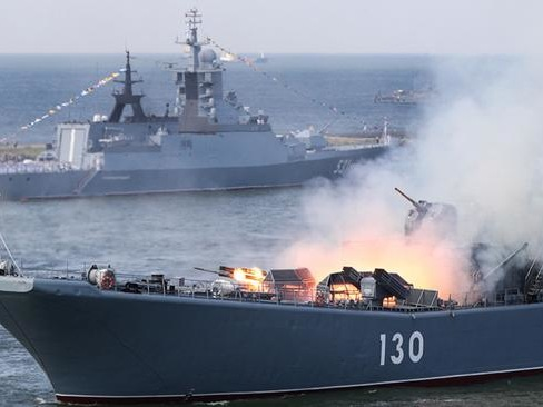 """""""US Dominance In Mideast Is Over"""": Iran Declares After Joint Drills With Russia & China"""