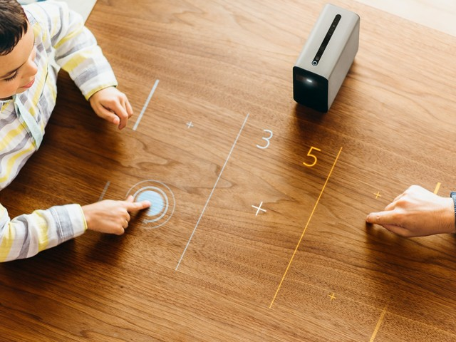 Sony's Android-powered projector arrives in US (but ouch, that price)