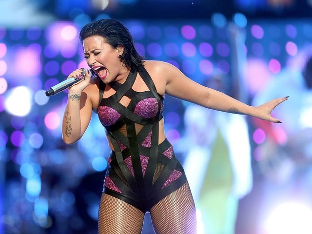 North Texan Demi Lovato To Sing The National Anthem At The Super Bowl