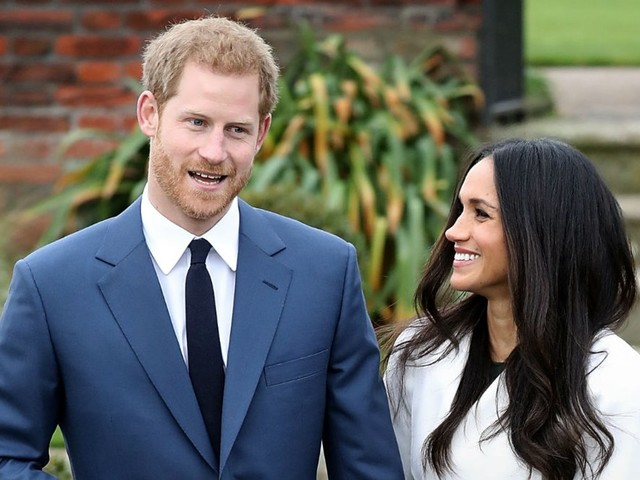 Prince Harry is reportedly asking the queen for paternity leave — here are 6 things millennial dads do that their parents didn't