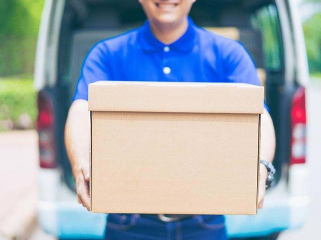 FedEx vs UPS vs USPS: Price, Features & What's Best in 2019