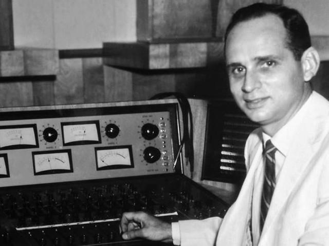 Glenn Snoddy, 96, Accidental Inventor of the Fuzz Tone, Dies