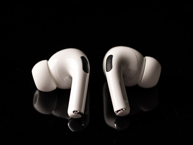New AirPods leaked, but coronavirus might delay Apple's release