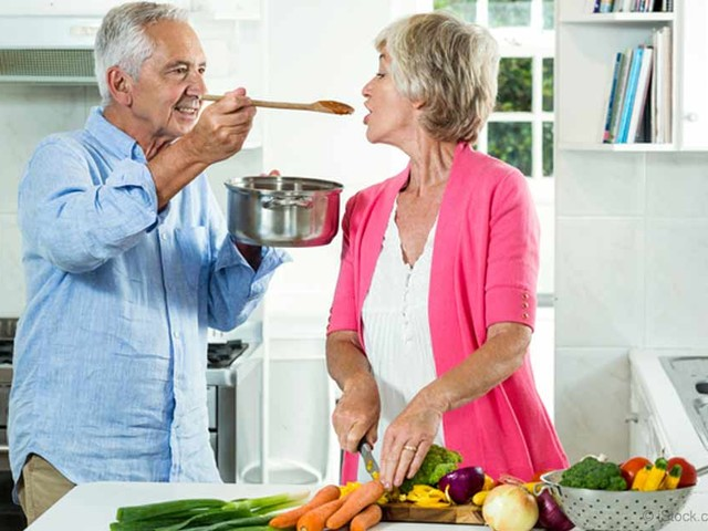 How a Fasting-Mimicking Diet Can Help You Live Longer