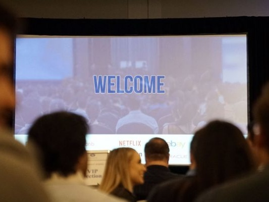 6 Slideshow Design Mistakes You Should Avoid in Your Next Presentation