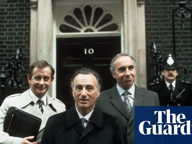 Taking on Sir Humphrey: can the civil service be reformed? – podcast