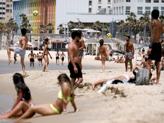 100 Million Chinese Back Under Lockdown As Americans, Europeans Flock To Parks & Beaches: Live Updates