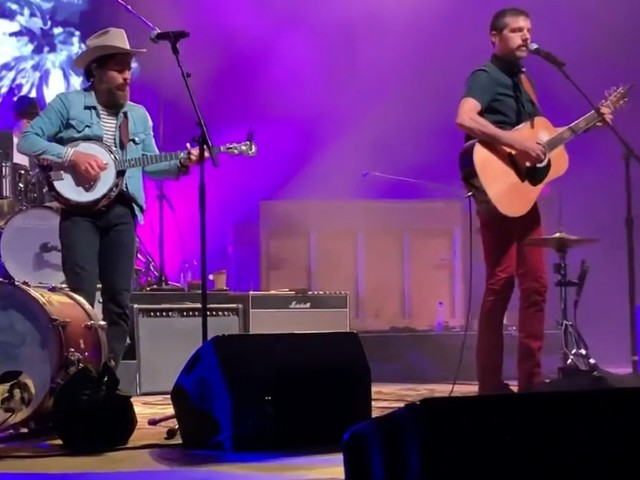 The Avett Brothers Dust Off Randy Travis Cover In Mississippi
