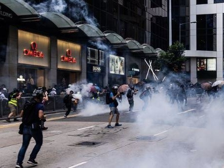 Hong Kong Police Warn City On Brink Of 'Total Breakdown'