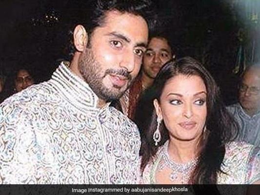 Seen These Pics From Abhishek And Aishwarya Rai Bachchan's Wedding Yet?