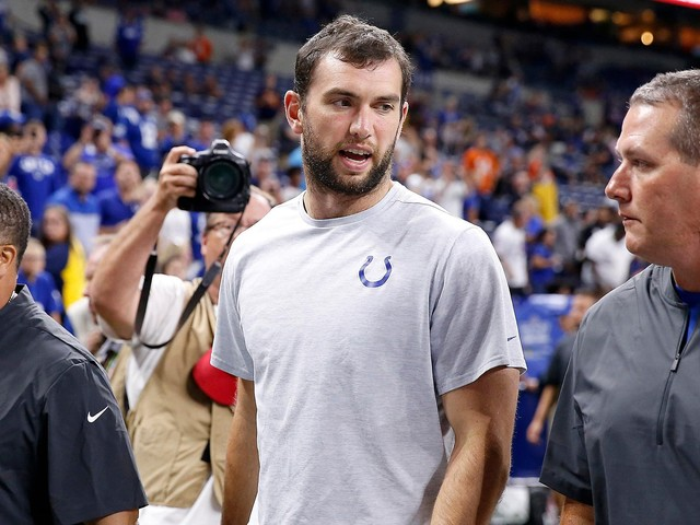 Colts QB Andrew Luck's retirement draws praise