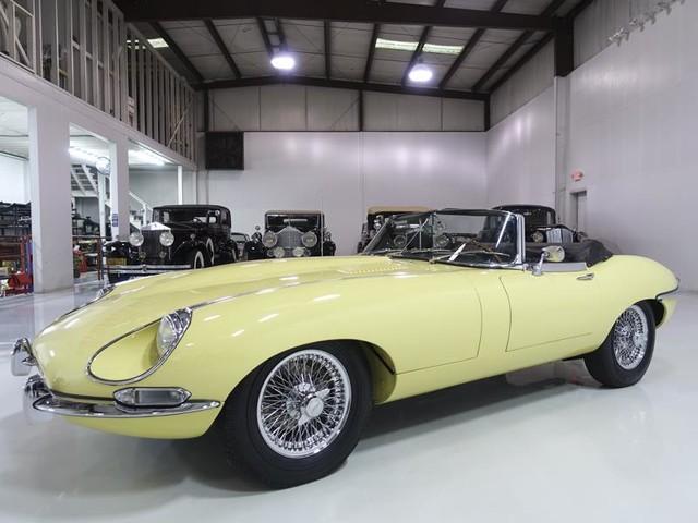 1968 Jaguar E--Type--S2 Series 1 1/2
