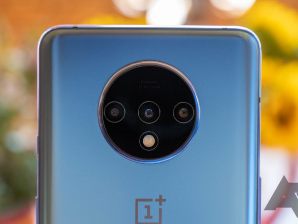 OnePlus 7T gets camera tweaks and other fixes with OxygenOS 10.0.3 update