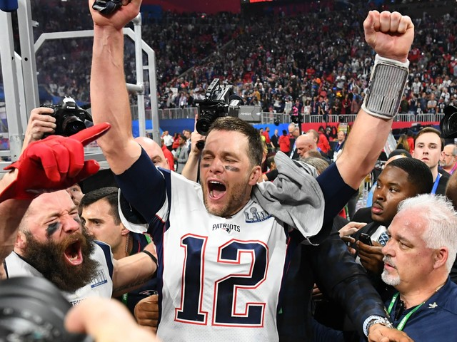Top 16 athletes over 35 of all-time: From Tom Brady to Serena Williams to Gordie Howe
