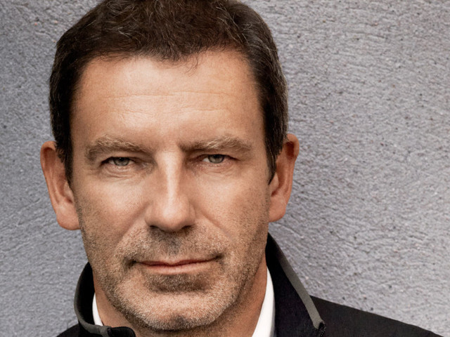 Luxury Designer Tomas Maier Prefers T-Shirts to Dress Shirts