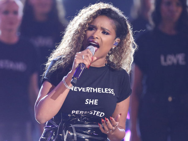 Jennifer Hudson Performs 'I'll Fight' on 'The Voice' Results Show