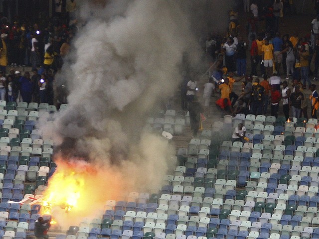 Hundreds of soccer fans riot violently at game in South Africa