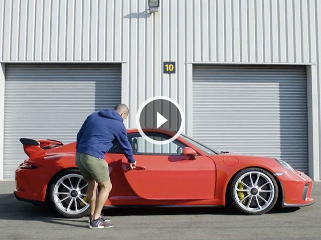 Chris Harris Is Totally In Love With The New Porsche 911 GT3