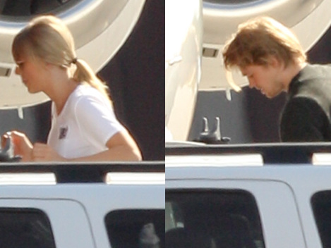 Taylor Swift & Joe Alwyn Board Private Jet In Rhode Island In Rare Outing Together – Pics