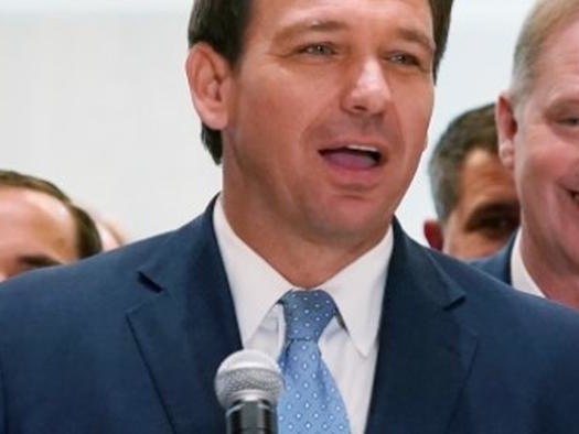 """Broward County Public Schools """"Pause"""" Proposed Mask Mandate After DeSantis Threatens To Cut Funding"""