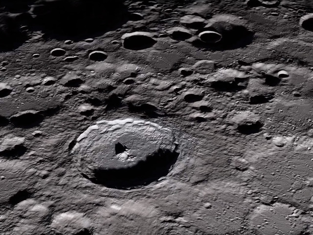 NASA just released a hype video for its return to the Moon, and it's actually kinda awesome