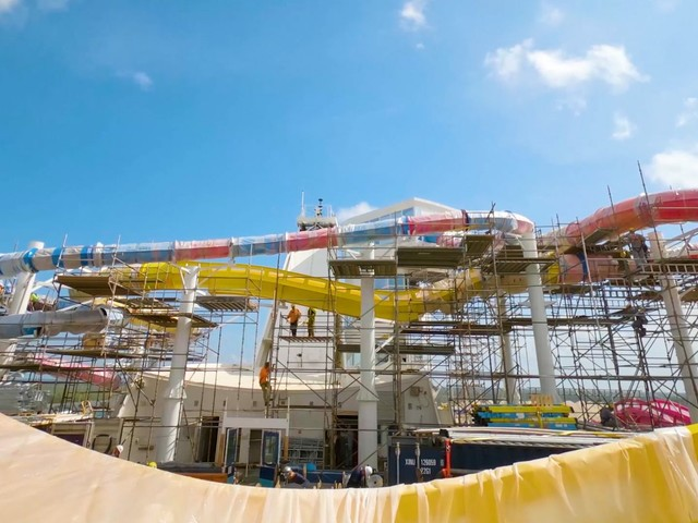 Video: Royal Caribbean Delivers Firsts and Favorites on Navigator of the Seas