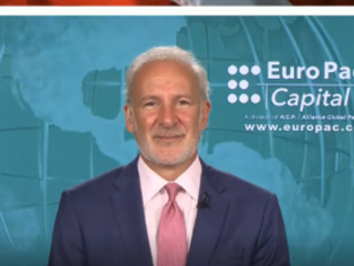 """""""Worse Than The Great Depression"""" - Peter Schiff Fears '70s Stagflation """"On Steroids"""" Ahead"""