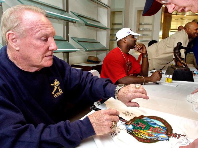Heisman winner, longtime Yankees coach 'Hopalong' Cassady dead at 85